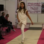 REmese Kids Fashion Show Újrahasznosított Mesék BNV 50